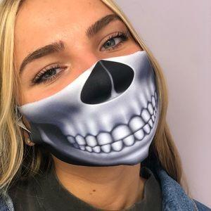 Two-ply unibody Halloween mask